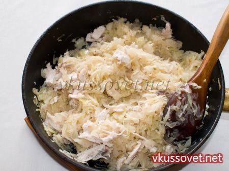 Пигоди – корейские пирожки с капустой и курицей