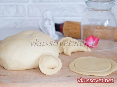 Тесто для пельменей заварное с пошагово